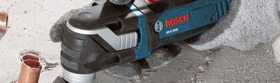 An oscillating multi-tool ensures you remove grout the smart way.